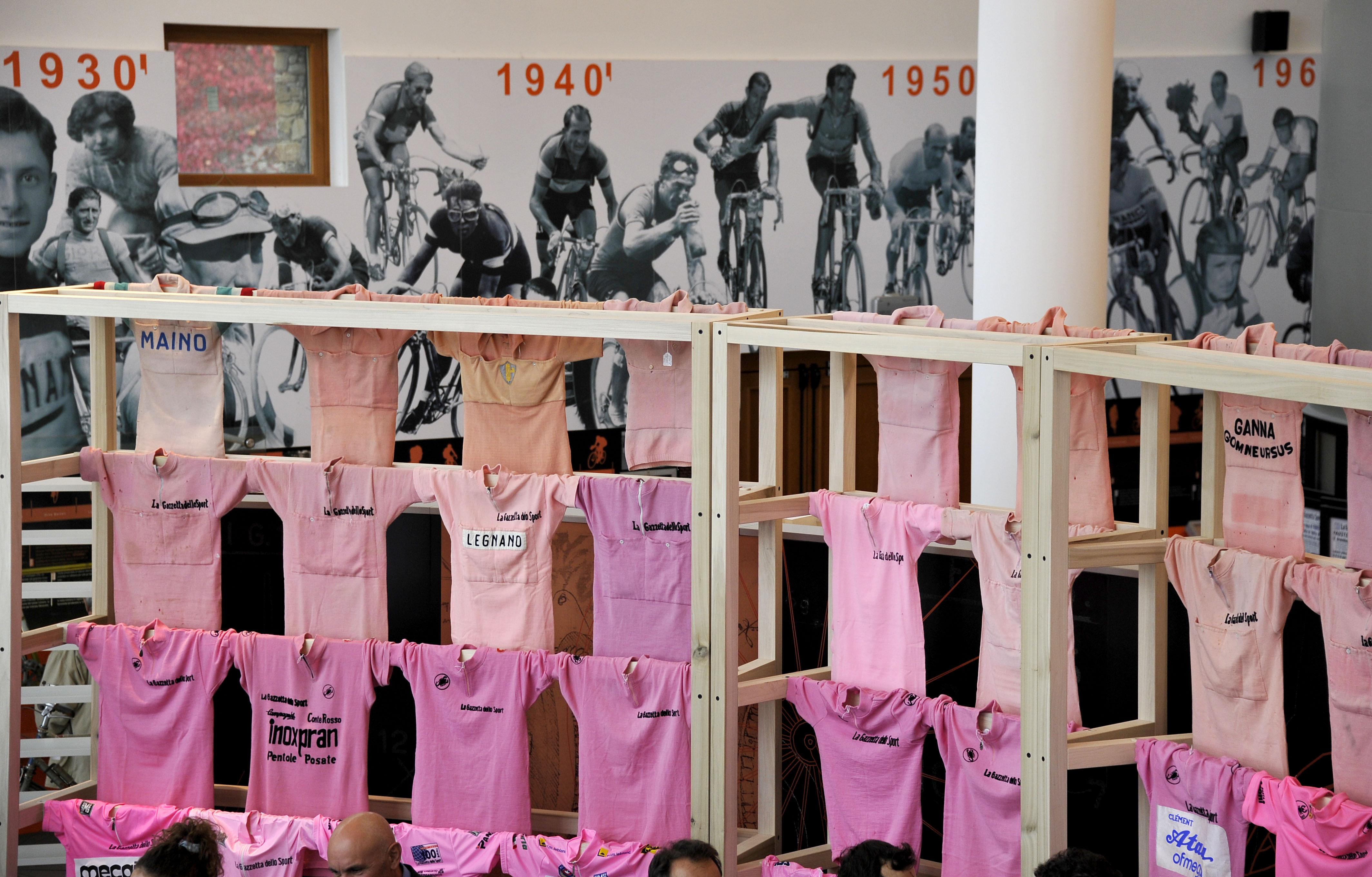 © Gian Mattia D'Alberto - LaPresse 27-10-2012 Magredio (CO) sport donazione della 50ma maglia rosa al Museo del Ghisallo nella foto: il museo del ciclismo del Ghisallo